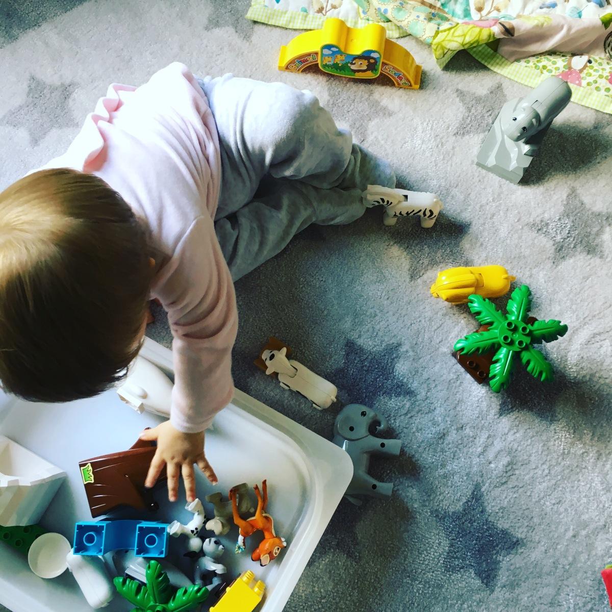 Mon bébé chez la nounou #terreurdesbacsàsable