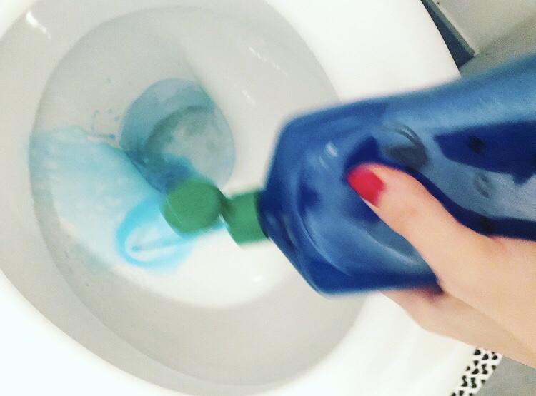 Nettoyant WC HOMEMADE#cestGlamNon